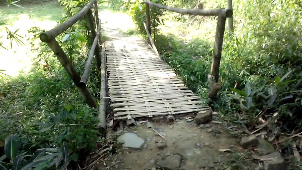 penangkaranrusa-08-ada-jembatan-bambu